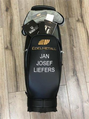 Golfbag mit Namensstick Jan-Josef Liefers